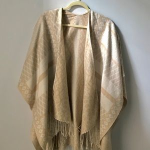 Gentle Fawn Poncho/Wrap. Worn once. One size.